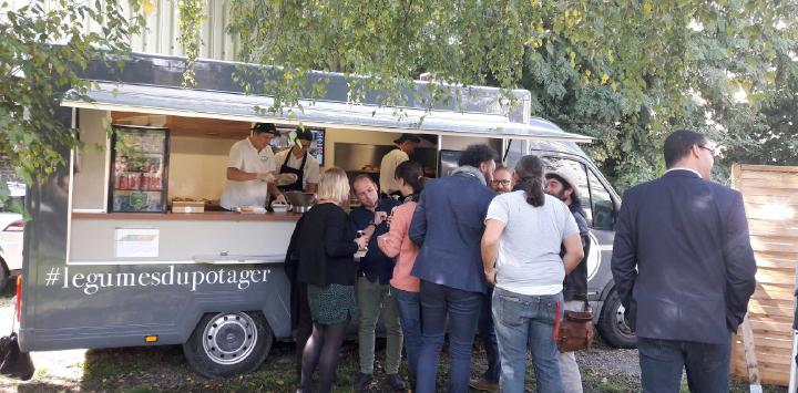 Un repas «Food Truck» pour fêter le déménagement du Centre Thérapeutique Résidentiel Prélude