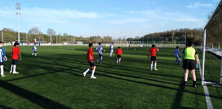 Rencontre sportive entre l'US Ronchin et des jeunes Roms