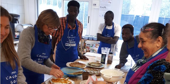 Partage culinaire à la cuisine commune de Fives Cail